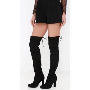 Steve Madden Gorgeous Black Suede Boots